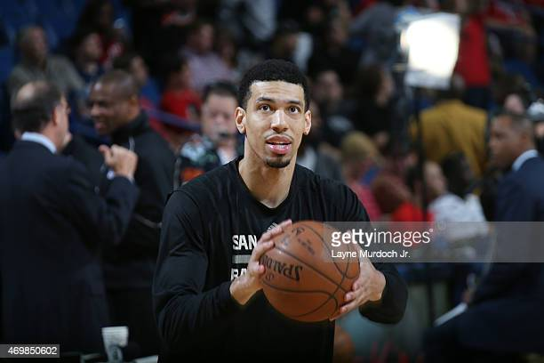 Danny Green of the San Antonio Spurs warms up before the game against the New Orleans Pelicans on April 15 2015 at the Smoothie King Center in New...