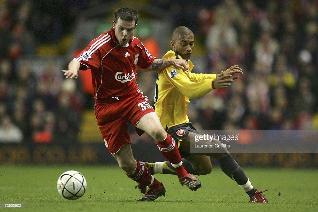 Carling Cup: Liverpool v Arsenal : News Photo