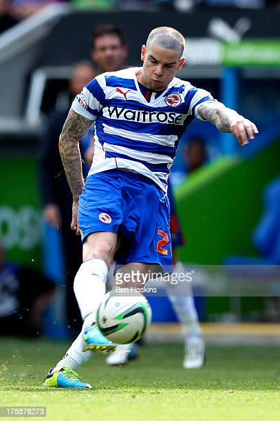 Danny Guthrie of Reading scores the winning goal during the Sky Bet Championship match between Reading and Ipswich Town at the Madejski Stadium on...