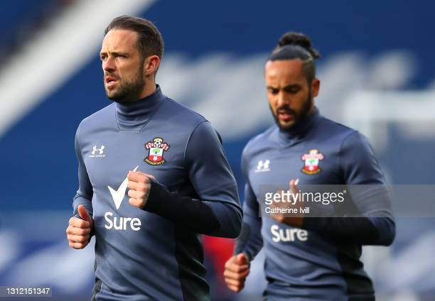 Danny Ings and Theo Walcott of Southampton warm up ahead of the Premier League match between West Bromwich Albion and Southampton at The Hawthorns on...