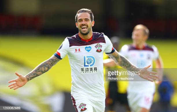 Danny Ings of Southampton celebrates after he scores his teams first goal during the Premier League match between Watford FC and Southampton FC at...