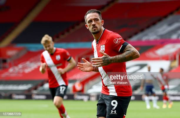 Danny Ings of Southampton celebrates after opening the scoring during the Premier League match between Southampton and Tottenham Hotspur at St Mary's...