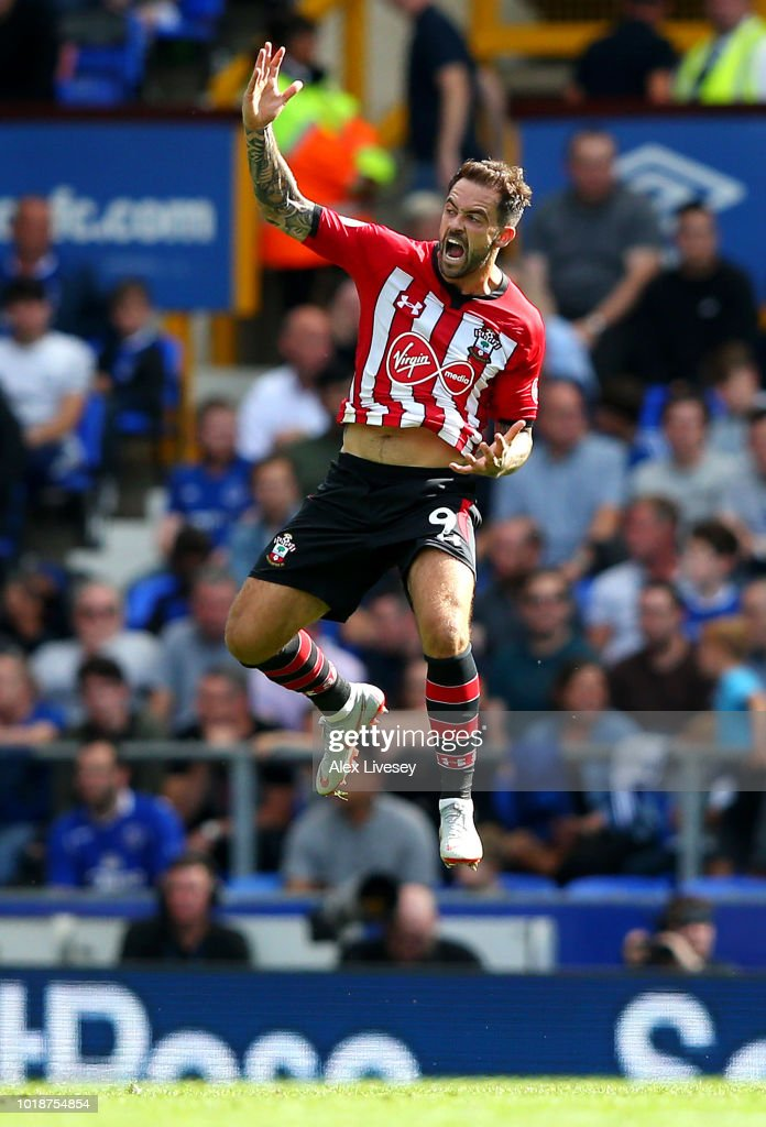 Danny Ings of Southampton celebrates after scoring his team's first goal during the Premier League match between Everton FC and Southampton FC at Goodison Park on August 18, 2018 in Liverpool, United Kingdom.