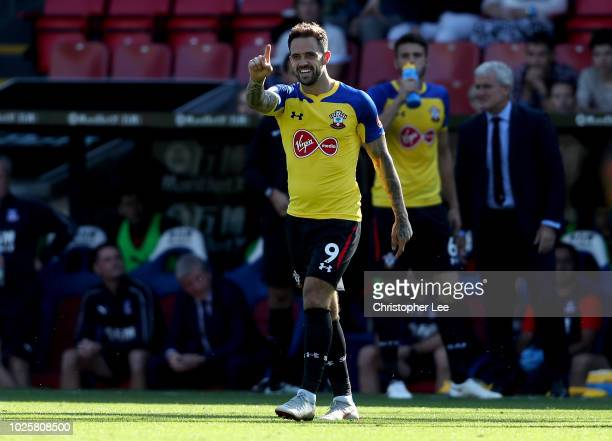Danny Ings of Southampton celebrates after scoring his team's first goal during the Premier League match between Crystal Palace and Southampton FC at...