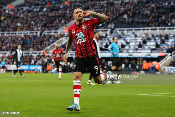 Danny Ings of Southampton celebrates after scoring his team's first goal during the Premier League match between Newcastle United and Southampton FC...