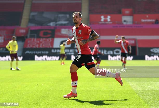 Danny Ings of Southampton celebrates after scoring their team's second goal during the Premier League match between Southampton and Burnley at St...