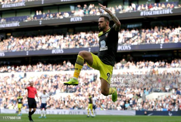 Danny Ings of Southampton celebrates scores his team's first goal during the Premier League match between Tottenham Hotspur and Southampton FC at...