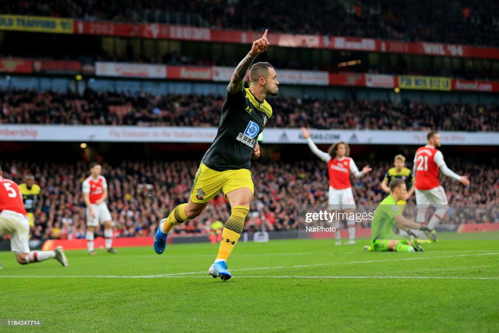 Arsenal FC v Southampton FC - Premier League : News Photo