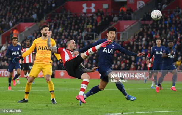 Danny Ings of Southampton has an effort during the FA Cup Fourth Round match between Southampton FC and Tottenham Hotspur at St Mary's Stadium on...