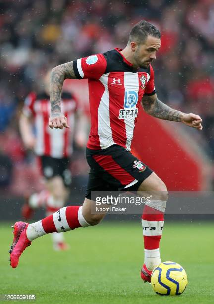 Danny Ings of Southampton runs with the ball during the Premier League match between Southampton FC and Burnley FC at St Mary's Stadium on February...
