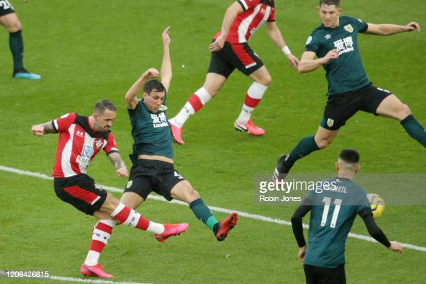 Danny Ings of Southampton scores a goal to make it 11 during the Premier League match between Southampton FC and Burnley FC at St Mary's Stadium on...