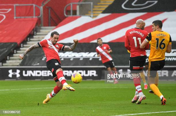 Danny Ings of Southampton scores their team's first goal during the Premier League match between Southampton and Wolverhampton Wanderers at St Mary's...