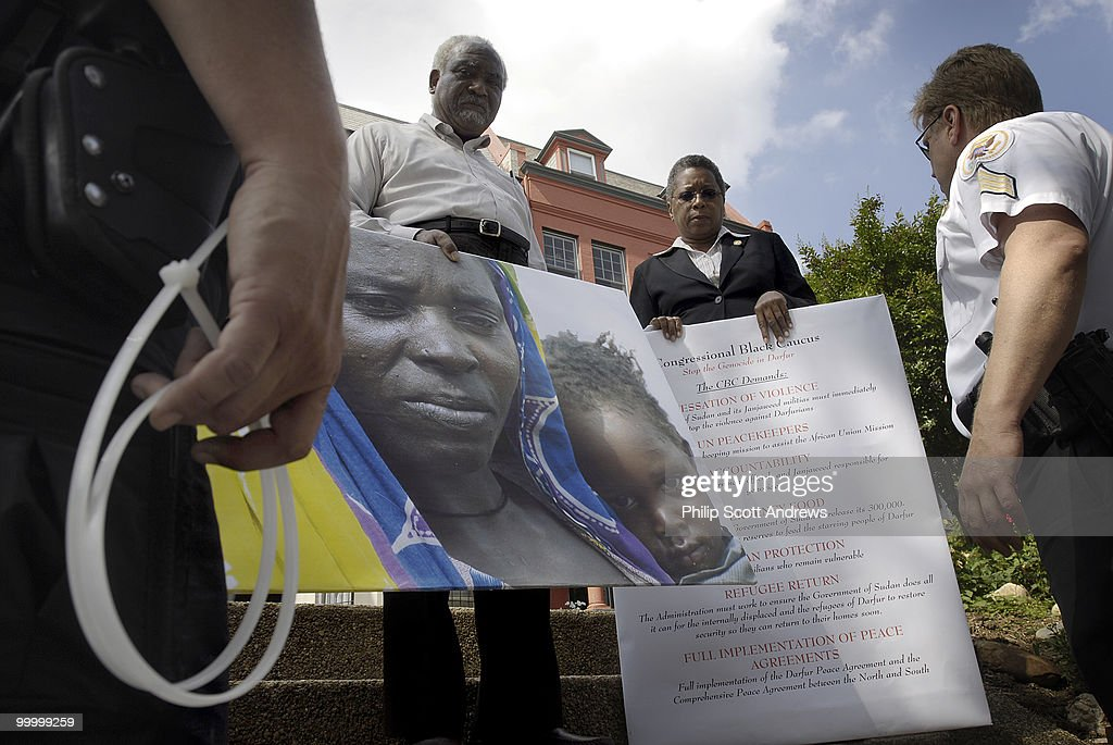 Congressional Black Caucus Sudanese Embasy Protest : News Photo