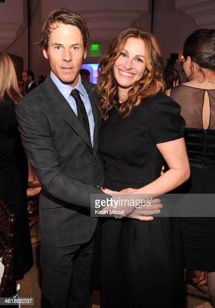 Danny Moder and Julia Roberts attend the 3rd annual Sean Penn & Friends HELP HAITI HOME Gala benefiting J/P HRO presented by Giorgio Armani at...