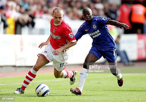 Danny Murphy of Charlton and Claude Makelele of Chelsea battle for the ball during the Barclays Premiership match between Charlton Athletic and...