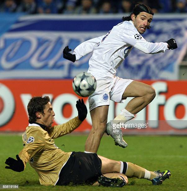 Danny of Russia's Zenit vies with Claudio Marchisio of Italy's Juventus during their Champions League group H football match in StPetersburg on...