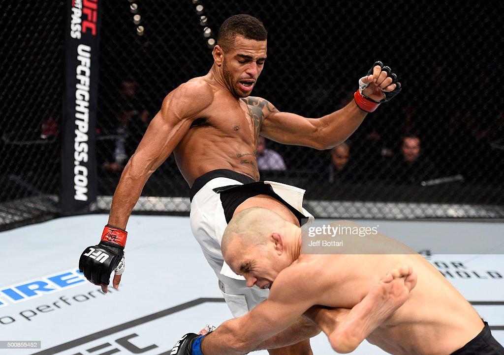 UFC Fight Night: Roberts v Coy : News Photo