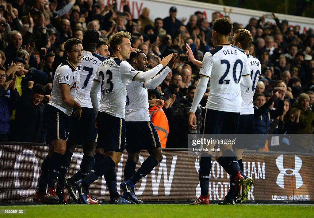 Tottenham Hotspur v Burnley - Premier League : ニュース写真