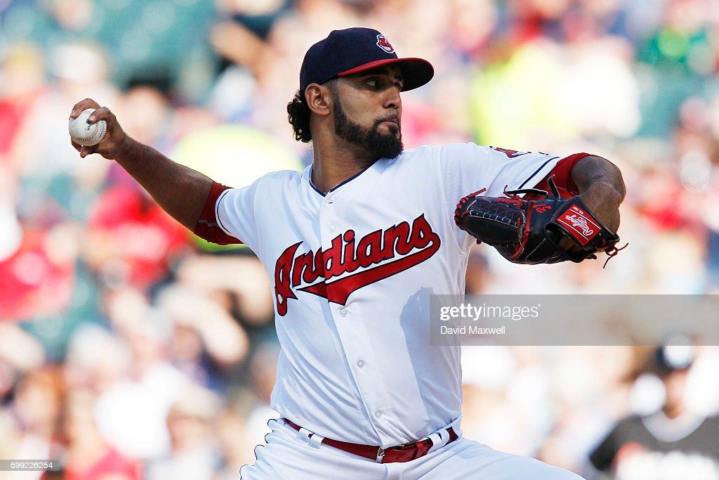 Miami Marlins v Cleveland Indians : News Photo