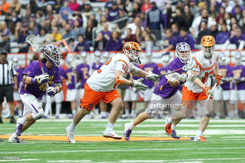 Albany v Syracuse : News Photo
