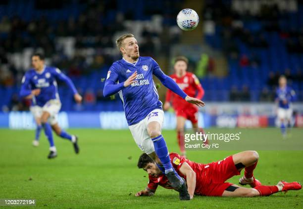 Danny Ward of Cardiff City FC and Tobias Figueiredo of Nottingham Forest during the Sky Bet Championship match between Cardiff City and Nottingham...