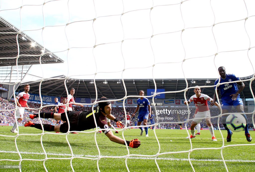Danny Ward of Cardiff City scores his team's second goal past Petr Cech of Arsenal during the Premier League match between Cardiff City and Arsenal FC at Cardiff City Stadium on September 2, 2018 in Cardiff, United Kingdom.
