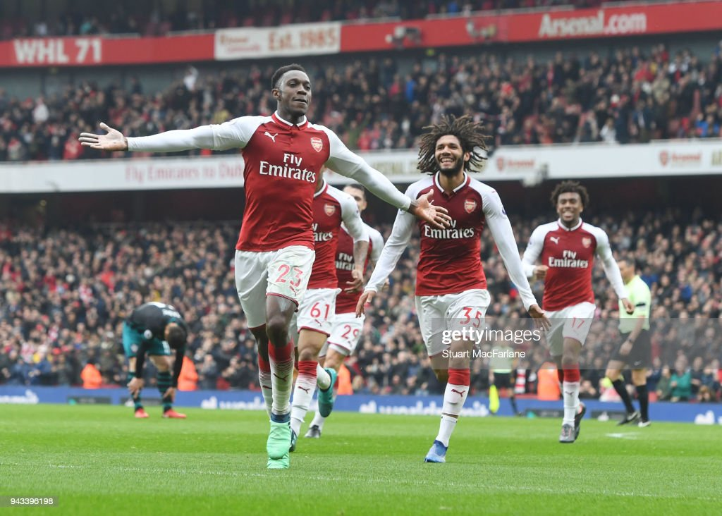 Danny Welbeck celebrates scoring the 1st Arsenal goal with (R) Mo Elneny during the Premier League match between Arsenal and Southampton at Emirates Stadium on April 8, 2018 in London, England.