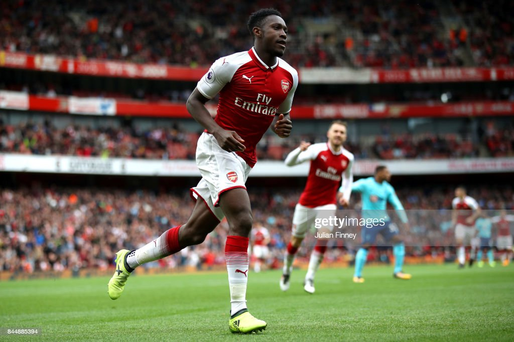 Danny Welbeck of Arsenal celebrates scoring his sides third goal during the Premier League match between Arsenal and AFC Bournemouth at Emirates Stadium on September 9, 2017 in London, England.