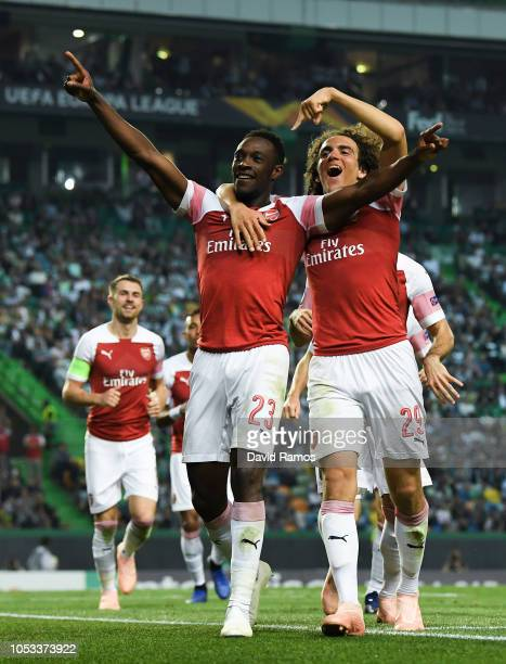 Danny Welbeck of Arsenal celebrates with Matteo Guendouzi of Arsenal after scoring his sides first goal during the UEFA Europa League Group E match...