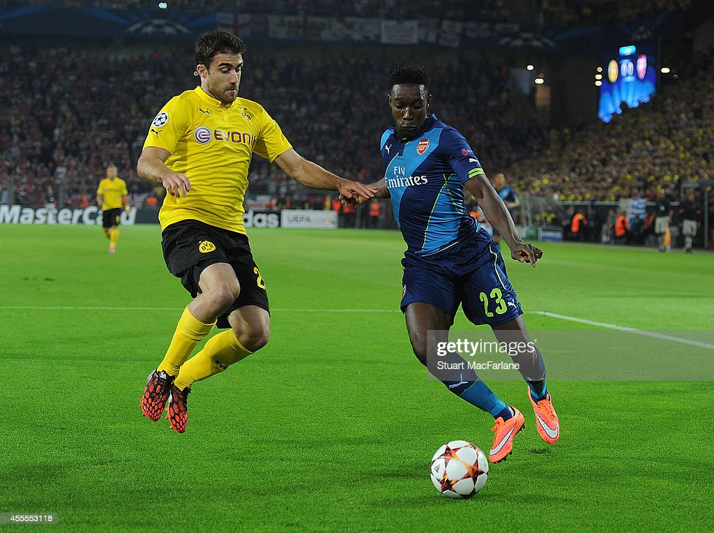 Borussia Dortmund v Arsenal: UEFA Champions League : News Photo