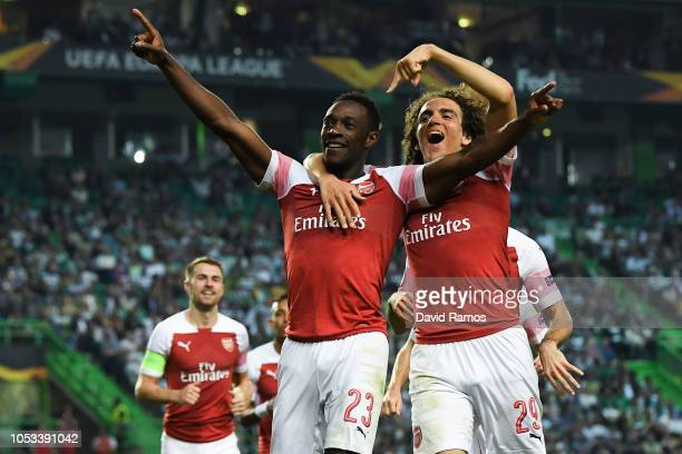 Danny Welbeck of Arsenal FC celebrates with his team mate Matteo Guedouzi after scoring his team's first goalduring the UEFA Europa League Group E...