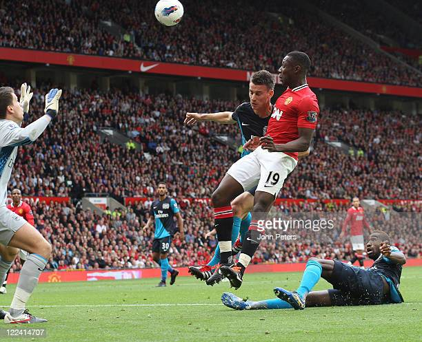 Danny Welbeck of Manchester United scores their first goal during the Barclays Premier League match betwen Manchester United and Arsenal at Old...