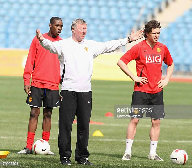 Danny Welbeck Owen Hargreaves and Sir Alex Ferguson of Manchester United takes part in a First Team Training Session at King Fahd Stadium on January...