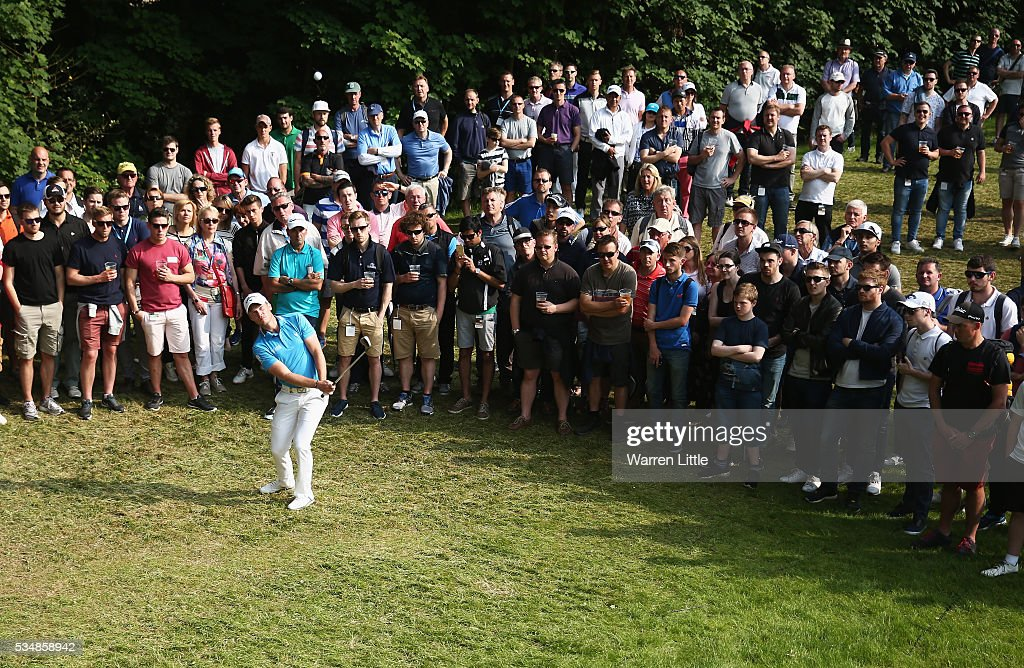 Danny Willett of England chips to the 17th green during day three of the BMW PGA Championship at Wentworth on May 28, 2016 in Virginia Water, England.