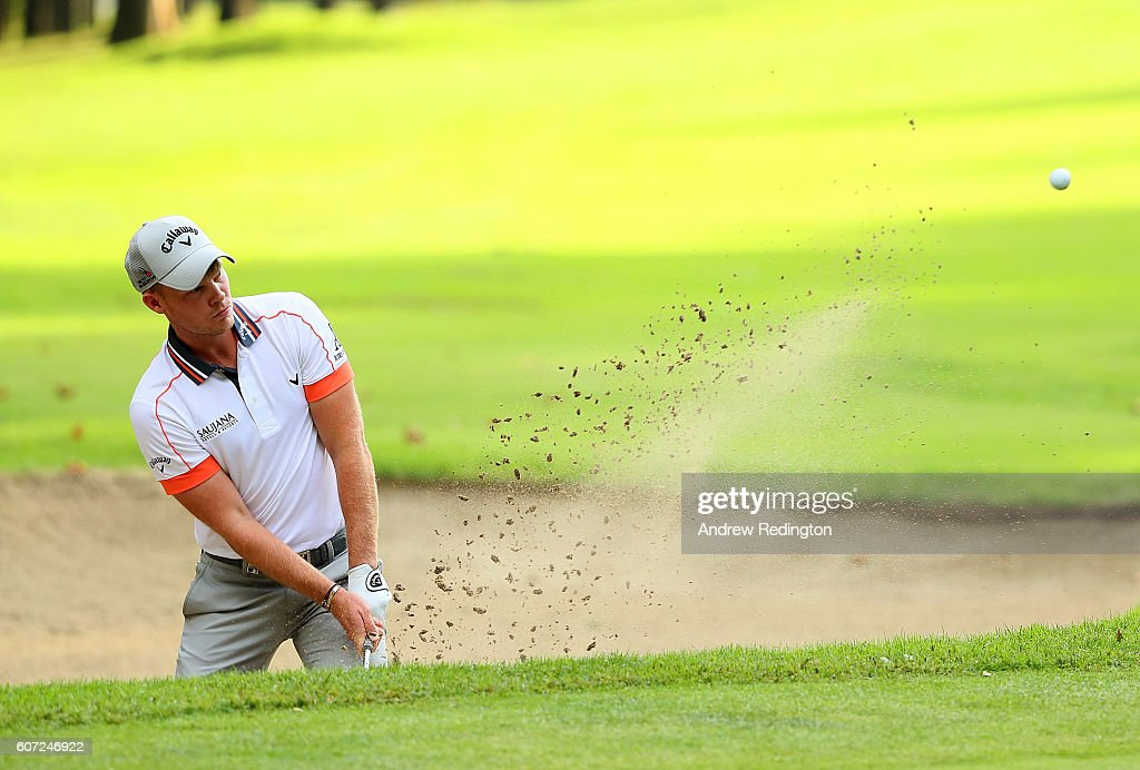 Danny Willett of England hits his fourth shot on the 1st hole during the third round of the Italian Open at Golf Club Milano - Parco Reale di Monza on September 17, 2016 in Monza, Italy.