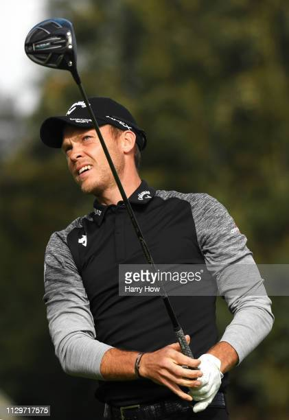 Danny Willett of England reacts to a tee shot on the second hole during the first round of the Genesis Open at Riviera Country Club on February 14...