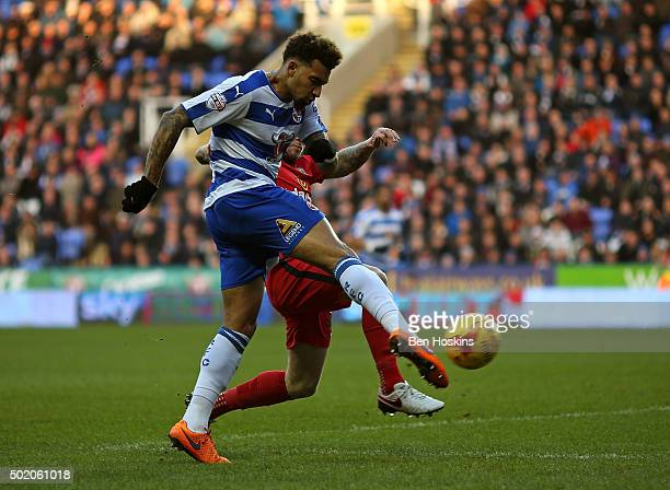 Danny Williams of Reading scores the opening goal of the game during the Sky Bet Championship match between Reading and Blackburn Rovers on December...