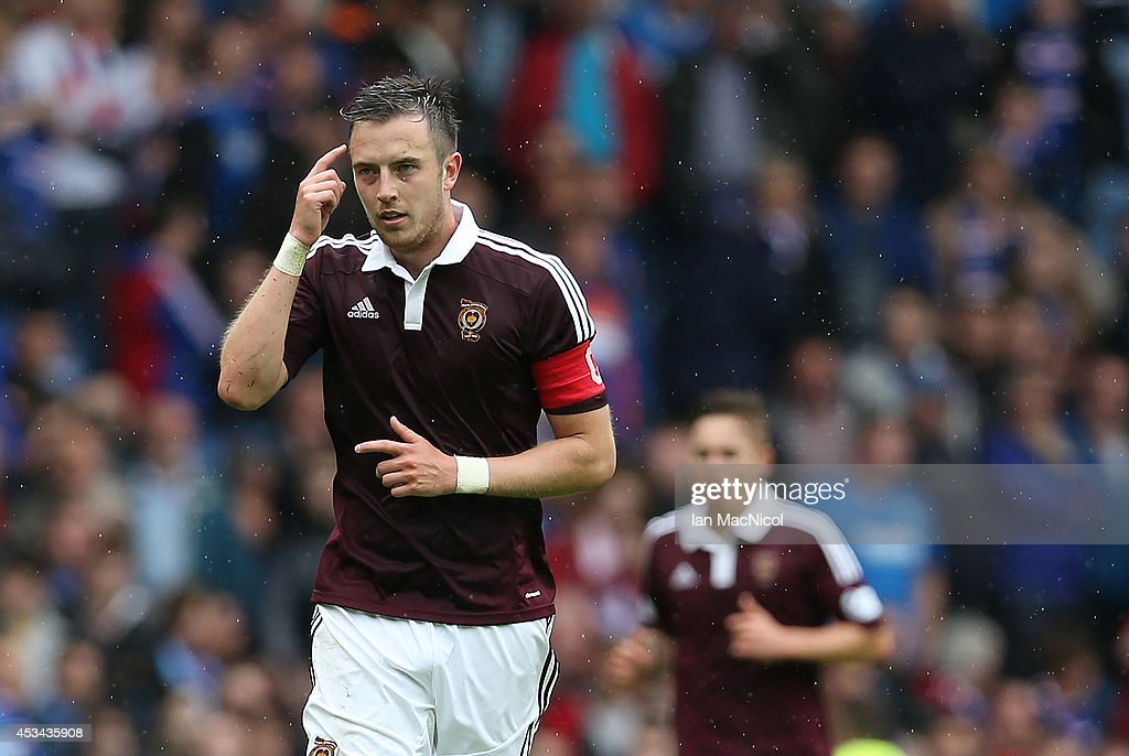Rangers v Hearts - Scottish Championship : News Photo