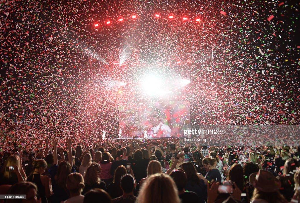New Kids On The Block In Concert - Nashville, TN : News Photo