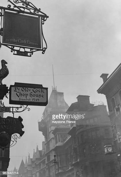 Dans Fleet Street à Londres en Angleterre au RoyaumeUni en 1936