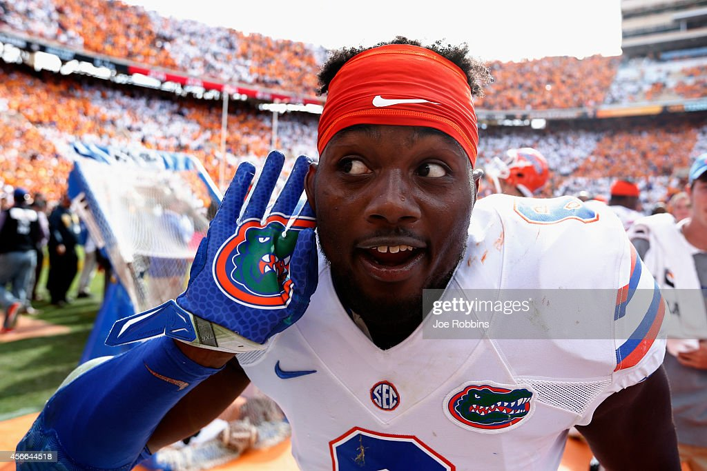 Dante Fowler Jr. #6 of the Florida Gators gestures toward fans in the closing seconds of the game against the Tennessee Volunteers at Neyland Stadium on October 4, 2014 in Knoxville, Tennessee. Florida defeated Tennessee 10-9.