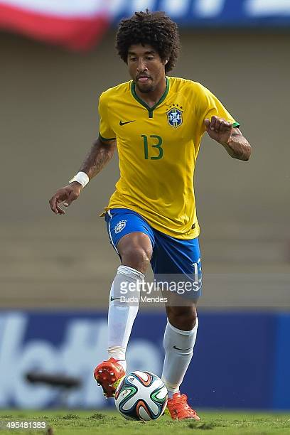 Dante of Brazil runs the ball during the International Friendly Match between Brazil and Panama at Serra Dourada Stadium on June 03 2014 in Goiania...