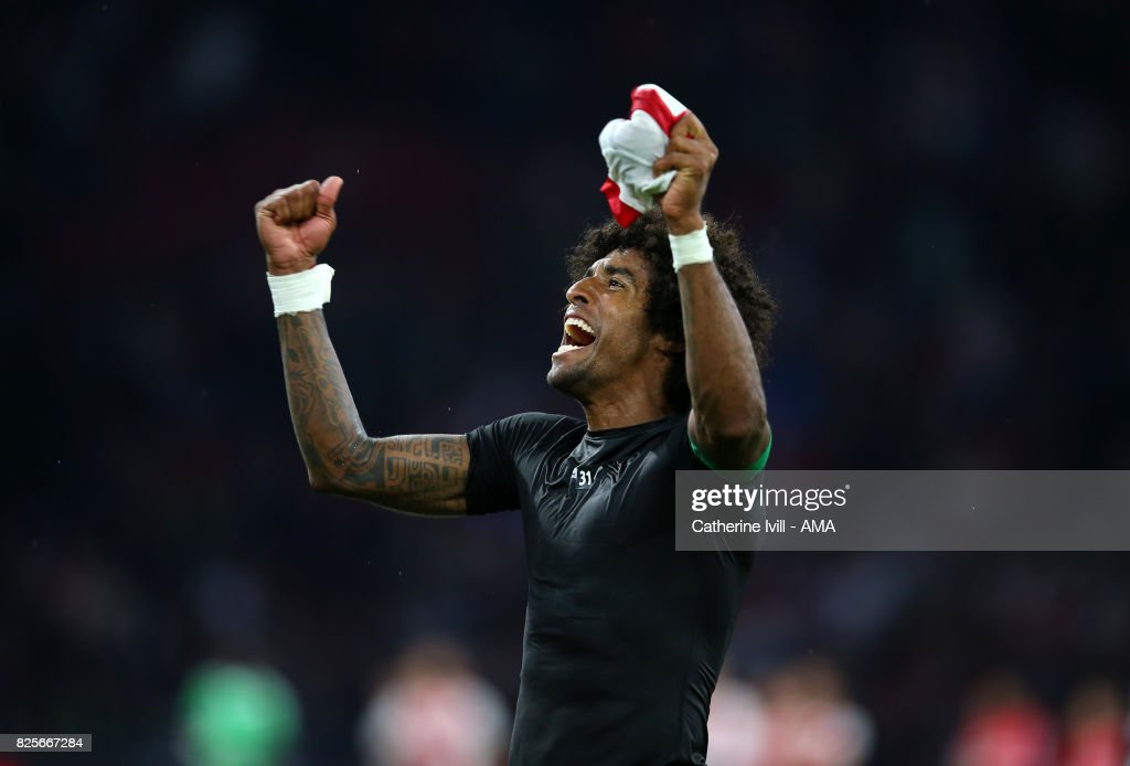 Dante of OGC Nice celebrates after the UEFA Champions League Qualifying Third Round match between Ajax and OSC Nice at Amsterdam Arena on August 2, 2017 in Amsterdam, Netherlands.