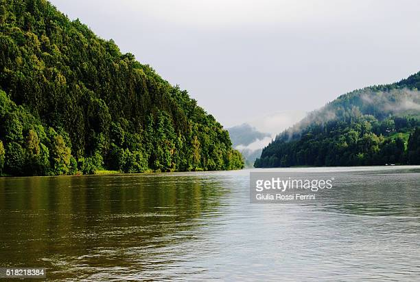 danube river - danube river stock pictures, royalty-free photos & images