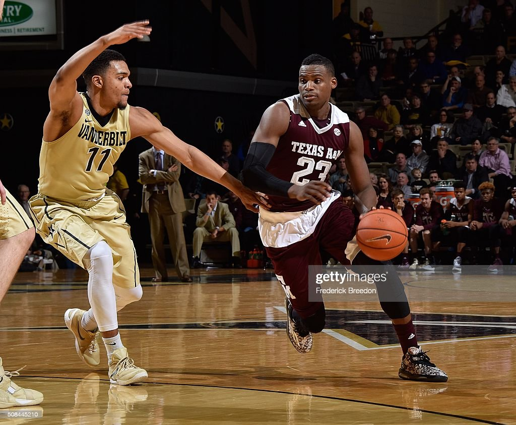 Texas A&M v Vanderbilt : News Photo