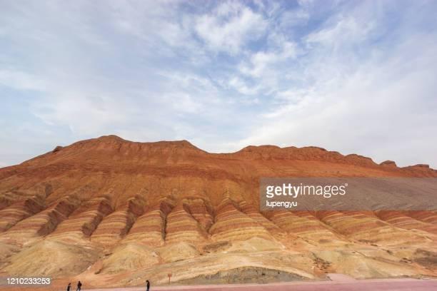 danxia landform, china - 甘粛張掖国家地質公園 ストックフォトと画像