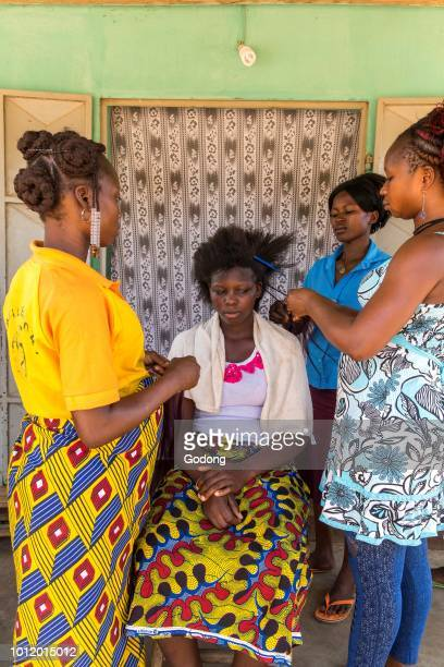 Dapaong hairdressing salon financed by microfinance Togo