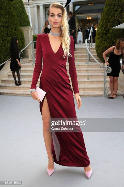 Daphne Groenevald attends the amfAR Cannes Gala 2019 at Hotel du Cap-Eden-Roc on May 23, 2019 in Cap d'Antibes, France.
