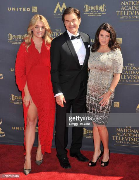 Daphne Oz Dr Mehmet Oz and wife Lisa Oz arrive at the 44th Annual Daytime Emmy Awards at Pasadena Civic Auditorium on April 30 2017 in Pasadena...