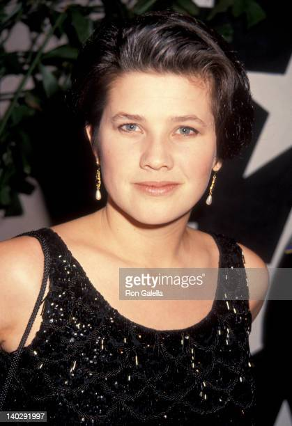 Daphne Zuniga at the 20th Annual AFI Lifetime Achievement Awards Honoring Sidney Poitier Beverly Hilton Hotel Beverly Hills